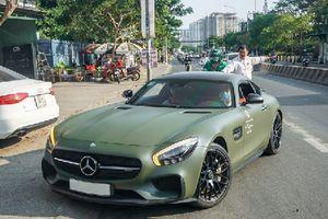 'Soi' Mercedes-AMG GT S Edition 1 hơn 8 tỷ của Đặng Lê Nguyên Vũ