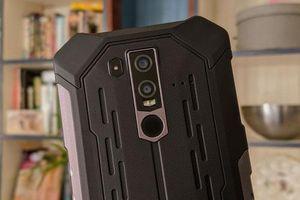 Smartphone 'nồi đồng cối đá', pin 5.000 mAh, giá rẻ bất ngờ