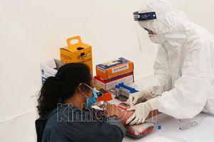 Hà Nội chính thức test nhanh Covid-19, chặn lây lan trong cộng đồng