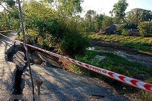 Tuyến Co Xáng-Cơi Năm-Đá Bạc tiếp tục sụt lún nghiêm trọng
