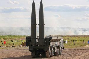 Nga khoe sức mạnh với tên lửa khiến kẻ thù run sợ