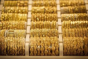 Giá vàng thế giới giảm do đồng USD mạnh lên phiên 30/3