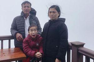 Cô bé 'gây sốt' trên MXH vì có biểu cảm 'chẳng giống ai' khi chụp ảnh đi du lịch cùng gia đình