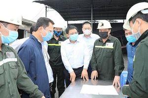 6 công nhân mắc kẹt trong lò than sập 15 tiếng, 3 người bị thương nặng