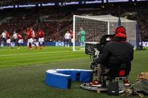 Covid-19: Thể thao 'đóng băng', đài truyền hình Anh trả lại tiền cho khách hàng