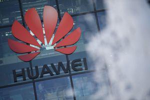 Huawei đổ lỗi cho Mỹ khiến doanh thu sụt giảm