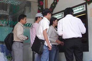 Giáo viên huyện Ea Súp, Đắk Lắk có nơi phải đi 50km để rút lương qua thẻ