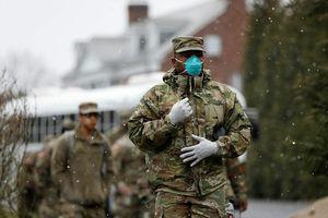 Ngày kỷ lục về số ca tử vong do Covid-19 ở Mỹ, 10.000 cựu binh được mời chống dịch