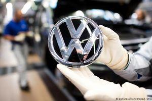 Tập đoàn Volkswagen thiệt hại 2 tỷ euro mỗi tuần do dịch COVID-19