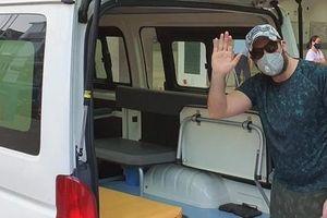 Bệnh nhân Covid-19 quốc tịch Mỹ: 'Cảm ơn các y bác sĩ Việt Nam, họ đã cứu mạng tôi'