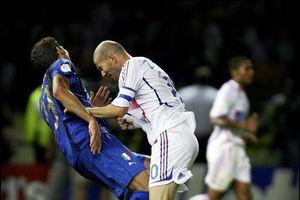 HLV Lippi: 'Tôi choáng váng bởi cú húc đầu của Zidane'