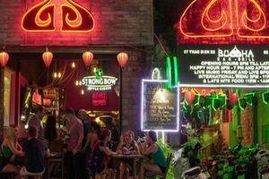 'Ổ dịch' quán bar Buddha: Nhiều người khai báo quanh co, không trung thực để trốn cách ly