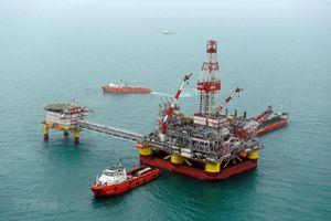 Giá dầu thế giới ghi nhận mức tăng trong ngày cao kỷ lục phiên 2/4