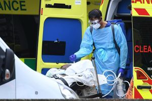 Anh mở bệnh viện dã chiến đầu tiên điều trị COVID-19 tại London