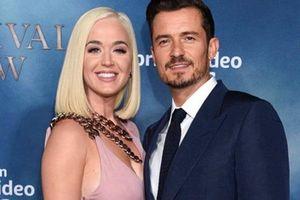 Katy Perry chính thức thông báo giới tính con đầu lòng ngay trên MXH, bức ảnh đi kèm khiến dân tình 'cạn lời'