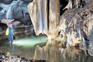 Phát hiện 12 hang động mới có tổng chiều dài hơn 10km ở Quảng Bình