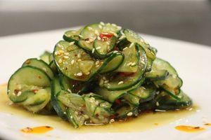 Cách làm salad dưa chuột giòn, không tốn sức