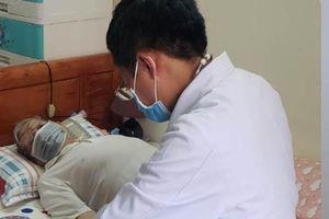 TP.HCM: Hỗ trợ BS đến khám bệnh tại nhà cho người cao tuổi