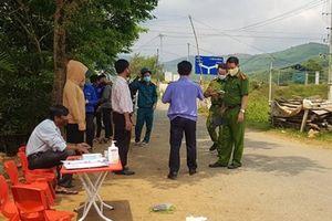 Truy tìm đối tượng tát nữ nhân viên chốt kiểm dịch ở Quảng Nam