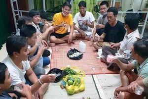 Xử lý vụ tổ chức uống rượu trong khu cách ly tập trung ở Quảng Bình