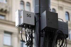 Cột sóng 5G ở Anh bị đốt vì niềm tin mù quáng vào tin giả