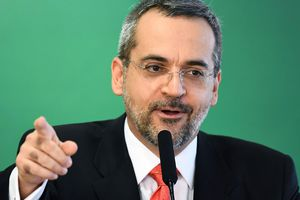 Trung Quốc giận dữ vì phát biểu nhại giọng của bộ trưởng Brazil