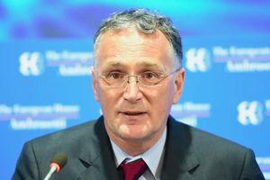Nhà khoa học hàng đầu châu Âu từ chức vì bất mãn trong vấn đề Covid-19