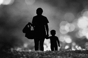 Gia đình không chấp nhận làm thông gia với người làm mẹ đơn thân