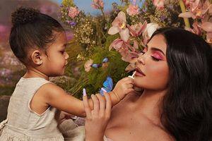 Cuộc sống của con gái nữ tỷ phú Kylie Jenner