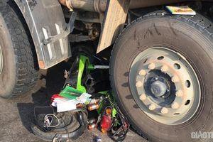 Học sinh lớp 8 nguy kịch sau cú tông của xe tải