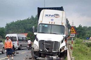 Lạng Sơn: Tai nạn giao thông liên hoàn khiến 2 người thương vong