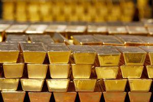 Giá vàng thế giới lập đỉnh 8 năm