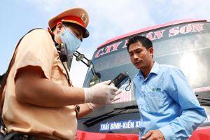 Xử phạt giao thông tăng gần 3 lần so với trước khi tổng kiểm soát