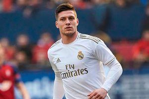 Real Madrid biến tiền đạo 'chân gỗ' thành sát thủ vòng cấm