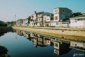 Ngỡ ngàng cảnh đẹp bình minh và hoàng hôn bên những con kênh ở thành Vinh