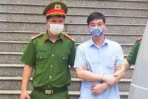 Gian lận điểm thi ở Hòa Bình, cựu Trưởng phòng An ninh nhận 6 năm tù