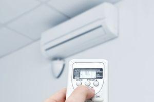 Nắng nóng 40 độ C, dùng điều hòa thế nào để không tốn điện?