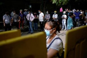 Số ca nhiễm mới tại Trung Quốc tăng trở lại
