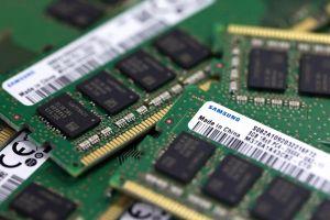 Bị Mỹ chặn đường, Huawei nhập sẵn chip số lượng lớn từ Hàn Quốc