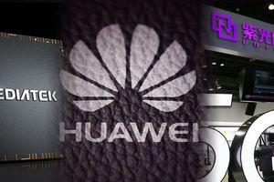 Bị Mỹ dồn vào đường cùng, Huawei buộc phải hợp tác với đối thủ