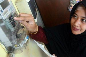 Indonesia gia hạn miễn phí tiền điện và hỗ trợ xã hội do dịch Covid-19