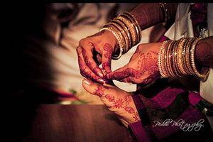Những tục lệ đám cưới 'quái đản' nhất thế giới