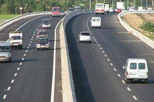 Nguyên tắc nhất định phải biết khi lái xe trên đường cao tốc
