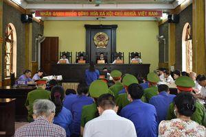 Vụ gian lận thi ở Sơn La: Các bị cáo nói lời sau cùng, chờ ngày tuyên án