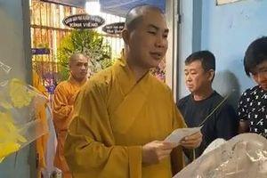 Phật tử thăm, hỗ trợ các em học sinh bị tai nạn cây đổ