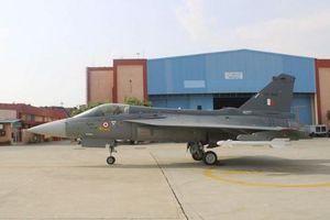 Không quân Ấn Độ ra mắt phi đội tiêm kích Tejas LCA thứ hai