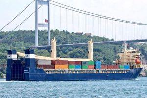Tàu Nga chở đầy phương tiện quân sự đến Syria