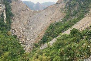 Vì đâu hơn 32.000m2 rừng phòng hộ ở Ninh Bình bị sạt lở, vùi lấp?