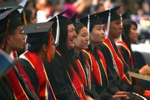 Đào tạo tiến sĩ: Đòi hỏi cao với người học và người hướng dẫn