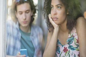 Vợ chồng càng ngày càng 'nhạt như nước ốc' và cái kết